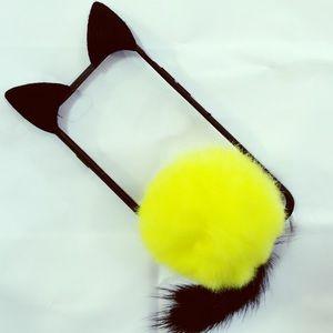 iPhone 7 Plus Black and Yellow Cat Pom Pom Case